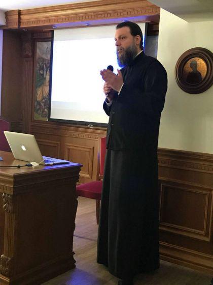 seminario-gia-ta-mesa-koinonikis-diktuosis-stin-i-m-neas-ionias-kai-filadelfeias_007