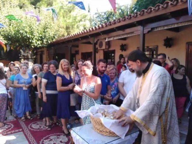 i-eorti-tou-agiou-fanouriou-sto-irakleio-attikis-2019_0011