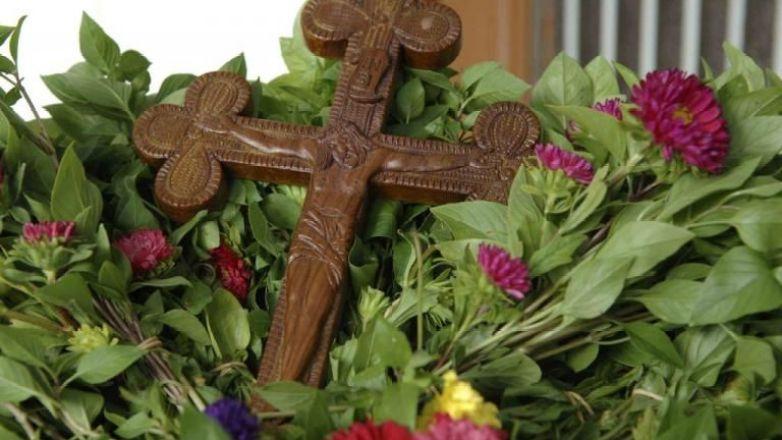 Αγρυπνία για την Ύψωση του Τιμίου Σταυρού στον Μητροπολιτικό Ναό Αγ. Αναργύρων Ν. Ιωνίας