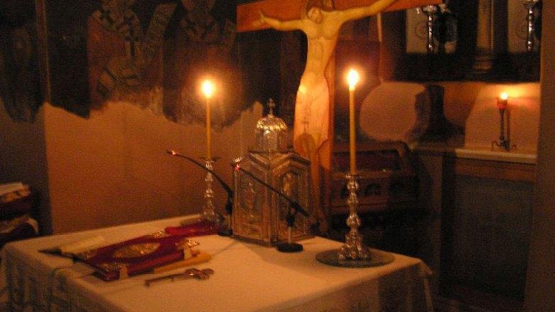 Βραδινή Θεία Λειτουργία στον Ιερό Ναό Κοιμήσεως Θεοτόκου Πρασίνου Λόφου