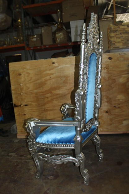 "Silver Blue Lion Chair -  Size: 70""L x 36""W x 26""H."