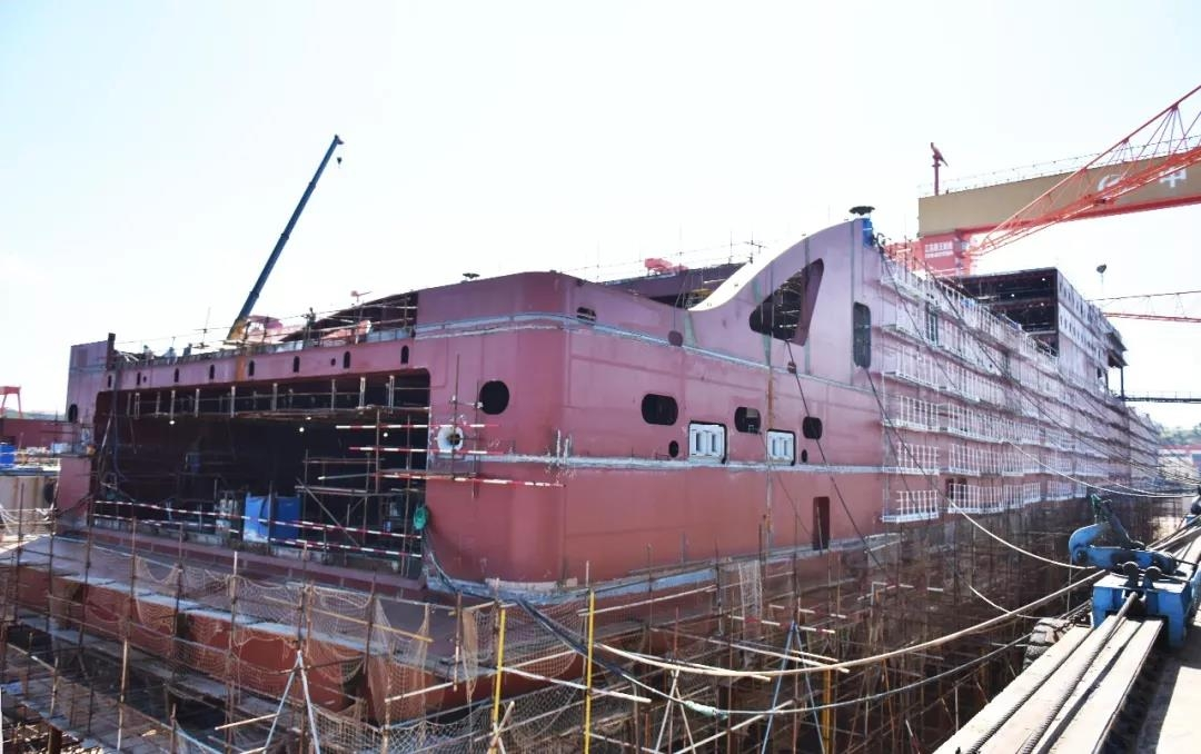 The first Stena E-Flexer vessel well into the assembly stage. AVIC