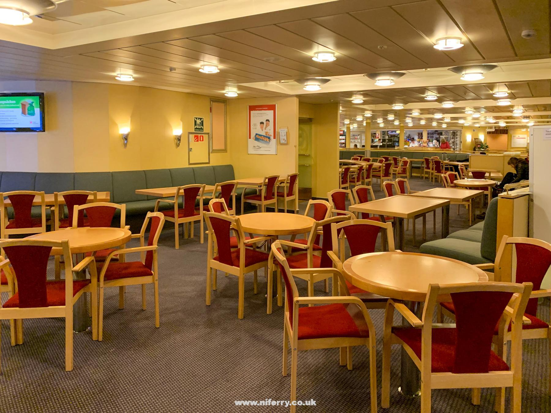 Part of the Bistro Lounge onboard VISBY. Image: © Gary Andrews.