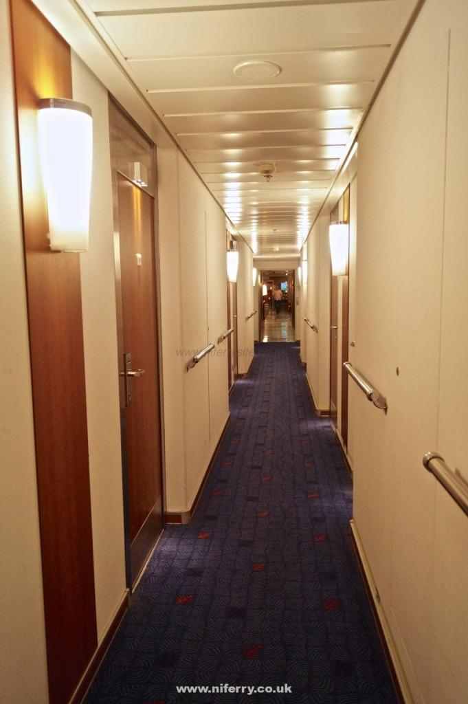 Corridor through the passenger cabin block. This runs straight through this area and can be used as an alternative to the main corridor for walking between the front and rear passenger areas. © NIFerrysite