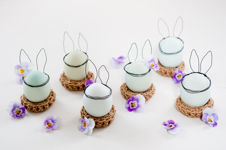 Cute Decor for the Easter Table from {nifty thrifty things}