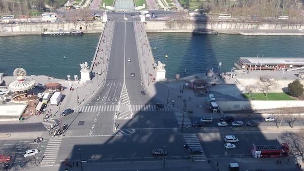 Eiffel shadow2