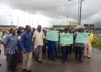 Protesting NPA pensioners at the entrance of New Warri Port on Wednesday