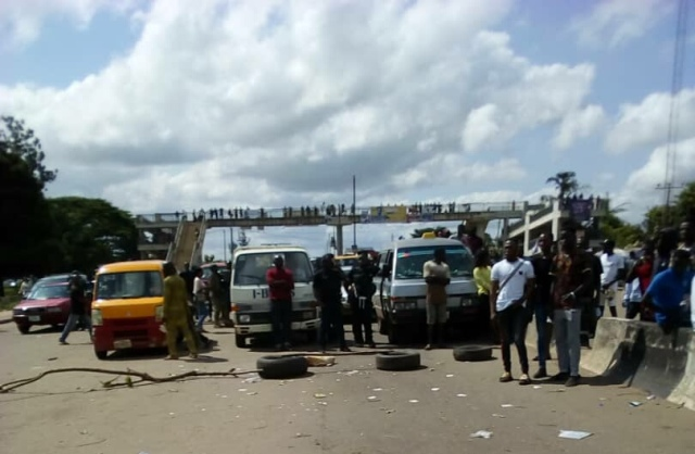 Scene of the protest by UNIBEN students on Friday
