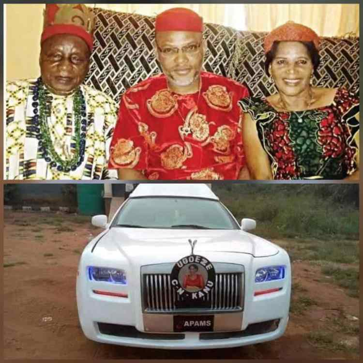 Nnamdi Kanu with his late Parents