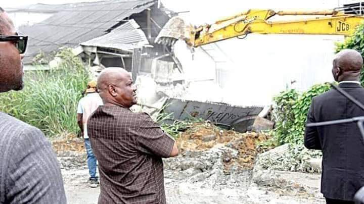 Governor Nyesom Wike inspecting the demolition of one of the hotels on Sunday