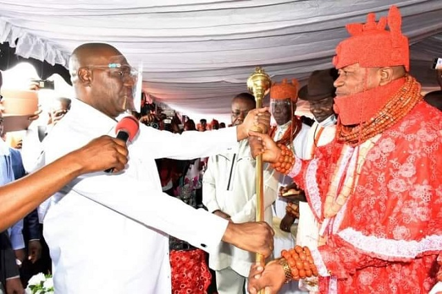 Ovie of Idjerhe Kingdom receiving his Staff of Office from Delta State Deputy Governor, Kingsley Otuaro