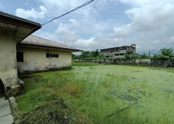 Delta Govt Corpers Lodge Where Corps Members Feast With Reptiles, Building In Brinks Of Collapse In Edjeba-Warri