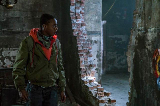 Movie Review: CAPTIVE STATE (2019)