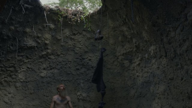 [News] Survivorman's Les Stroud Falls into First Trailer for THE PIT