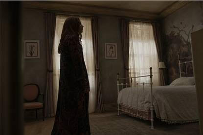 Episode 1. Lauren Ambrose in SERVANT, premiering January 15 on Apple TV+