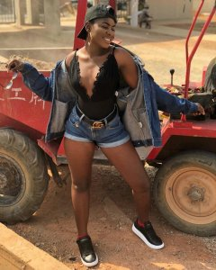 Yaa Jackson spotted shooting a music video for her remix of Kwesi Arthur's 'Don't Keep Me Waiting' song