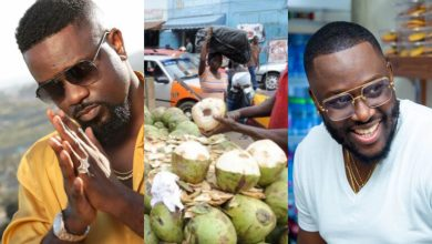 Photo of Video: Coded Of 4X4 Fame Can't Contain His Joy After Sarkodie Paid Him A Surprise Visit At Where He Sells Coconut