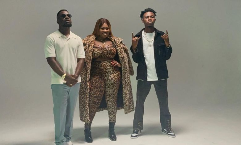 Sister Afia Spotted on set with Sarkodie and Kweku Flick | Photos