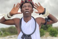 Photo of Video of Shatta Wale performing rituals shakes the internet