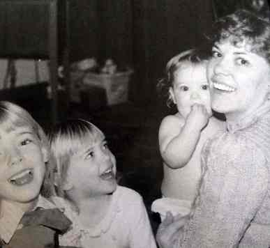 Lori DeMoe McIntyre with daughters Jessica, Robin, and Chelsey. She was a creative and unerringly capable mother.
