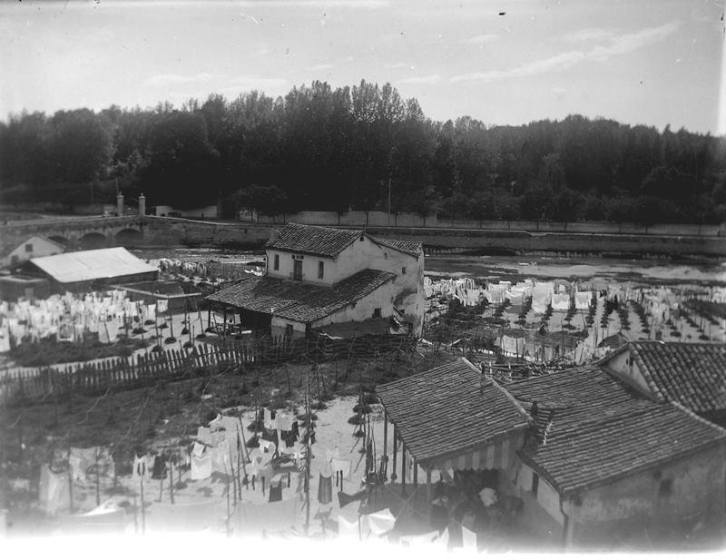 Casas lavadero del Manzanares. 1915