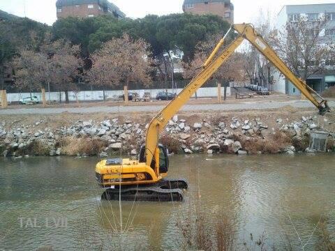 Obras de renaturalización del río. 2017.