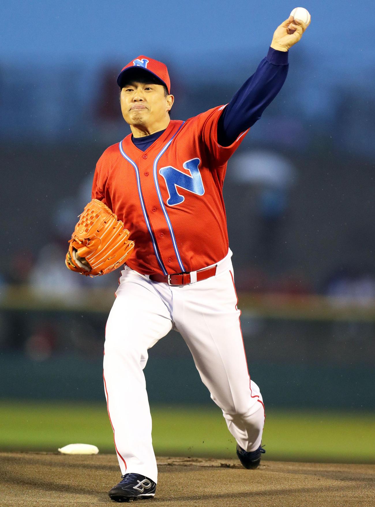 ナムコスターズ山本昌氏8・2オリックス戦で始球式 - 野球寫真 ...