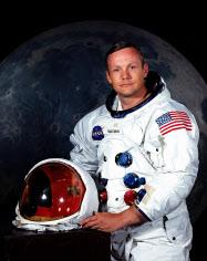 現役だったころのニール・アームストロング氏=NASA提供・AP