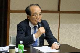 都立広尾病院事故から20年を検証するシンポジウムで事故調査制度の課題を指摘する永井裕之さん(10日、東京・文京)