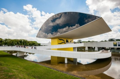 オスカーニーマイヤー博物館(Foto:Embratur)