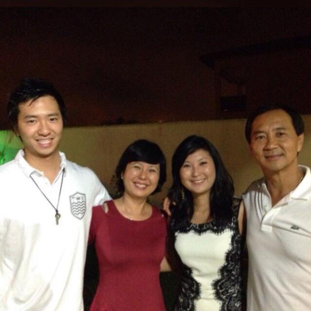水谷ペドロ氏と家族