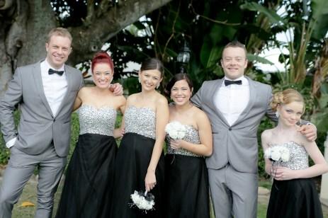 Uneven Bridal Party Wedding Photographer {Nikki Blades Photograp