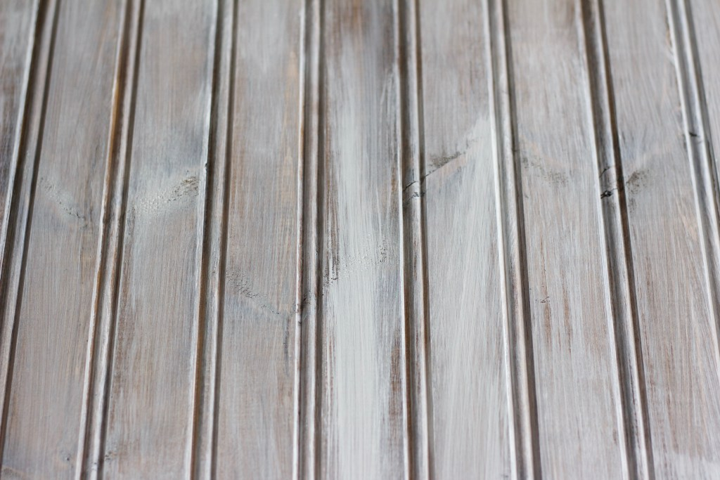 How to White Wash Wood Like a Pro - Nikki's Plate