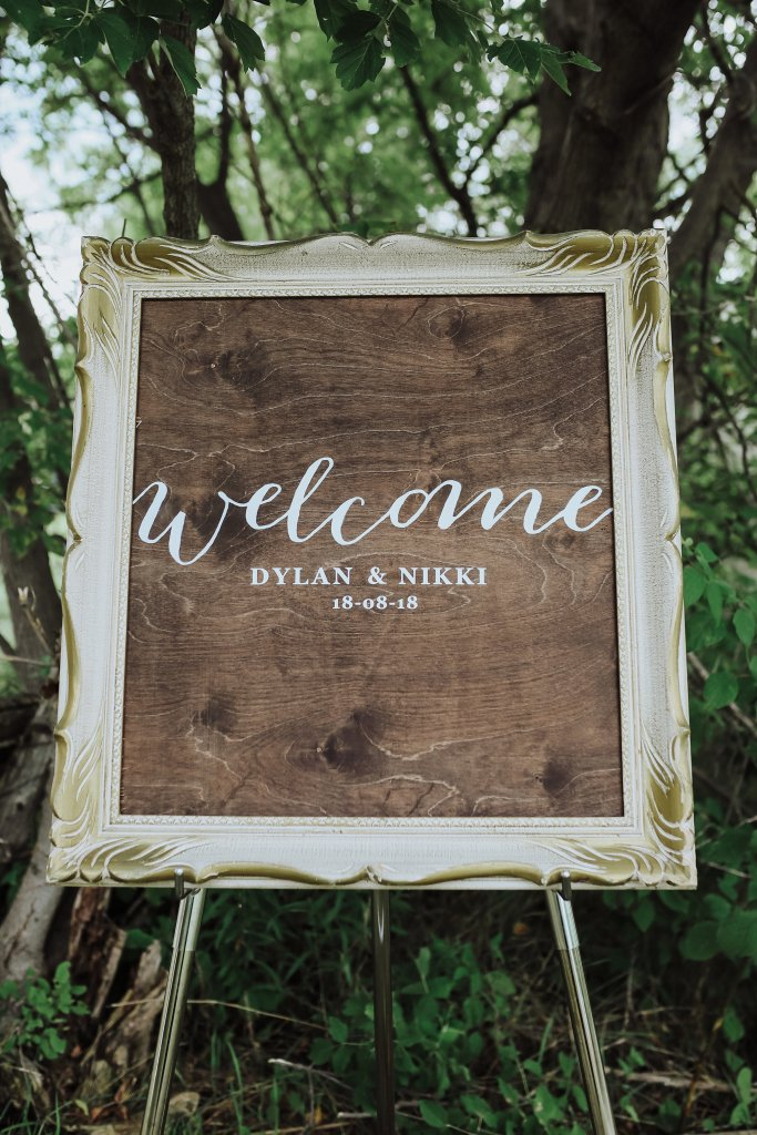 Our Wedding Decor Wedding Review Part 1 Nikkis Plate