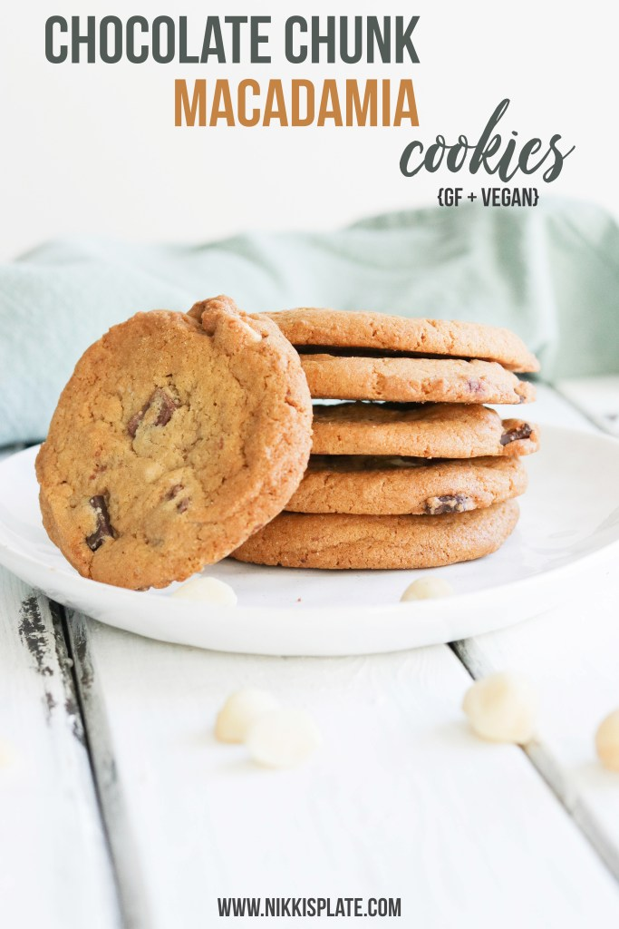 Chocolate Chunk Macadamia Cookies {GF + Vegan}; soft gluten free and vegan cookies. Made with oat flour, coconut oil, chunks of dark chocolate and macadamia nuts. Perfect treat, snack and dessert all in one! #vegan #cookies #glutenfree