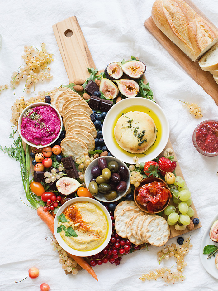 Vegan Charcuterie Board Ideas; options for a appetizer platter to please everyone in the family! Stay healthy this holiday season with this spread of goodies
