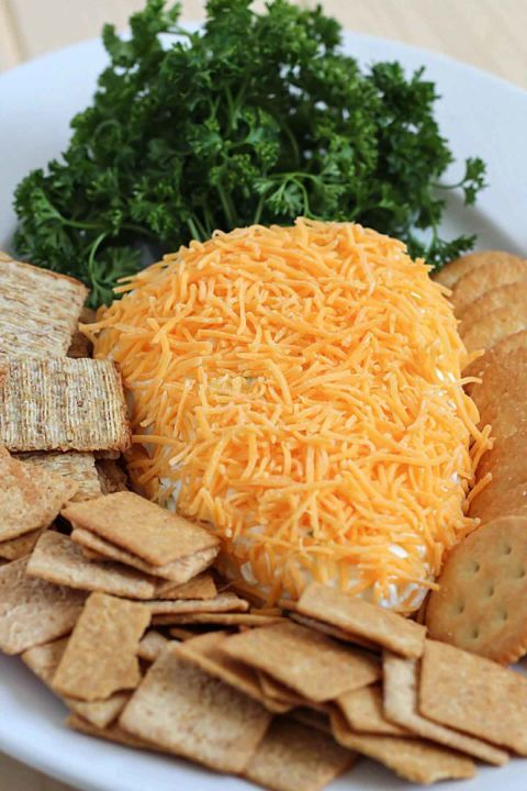 Carrot shaped Cheese Ball || Cute Easter Recipes || Appetizer, starter - www.nikkisplate.com
