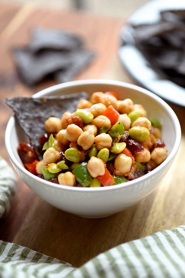 10 salad recipes for fast weight loss: Chickpea Edamame Salad