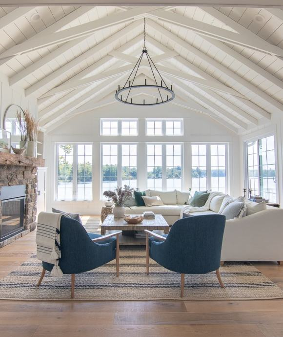 Best Home Decor Instagram Accounts You Should Be Following; Cottage, waterfront, white