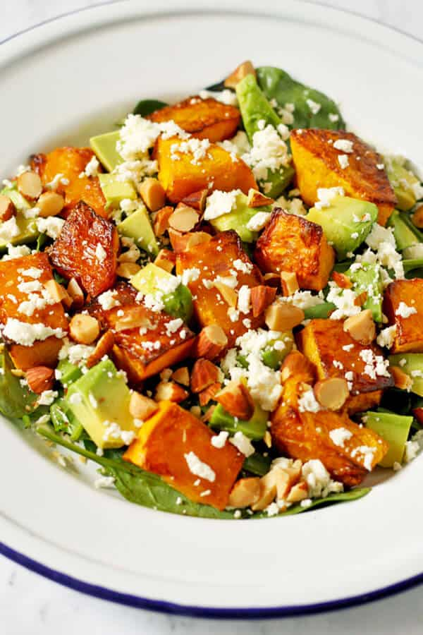 10 salad recipes for fast weight loss: Roasted Pumpkin, spinach and feta salad