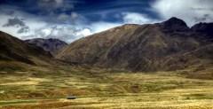 Das Altiplano: Andenpanorama in Peru.
