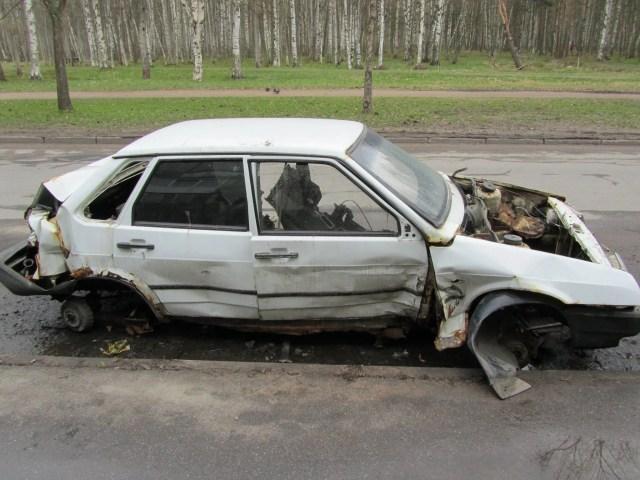 Niko Juranek Personality Fintess Travel Lifestyle Blog broken car