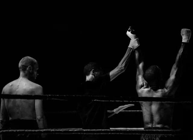 Niko Juranek Personality Fitness Travel Lifestyle Blog boxer