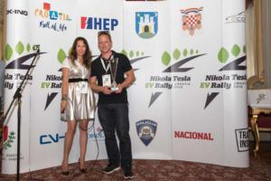 Pobjednik-1-mjesto-manuel-Strohmeier-i-organizatorica-Tina-Kolovrat