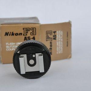 Blitzadapter AS-4 für die Nikon F3 - Zustand A/A+ in OVP geringste Gebrauchsspuren