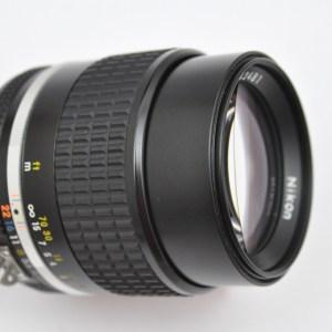 Nikon 105mm 2.5 AIS Die Legende herausragende