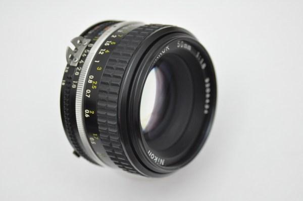 Nikon Nikkor 50mm 1.8 AIS Objektiv im Zustand A/A+ TOP
