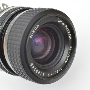 Nikon Zoom 35-70 mm 3.3-4.5 AIS robust gebaut - geringstes Gewicht