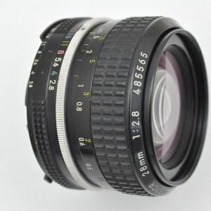 Nikon Nikkor 28mm 2.8 AI -hervorragende Abbildungsleistungen