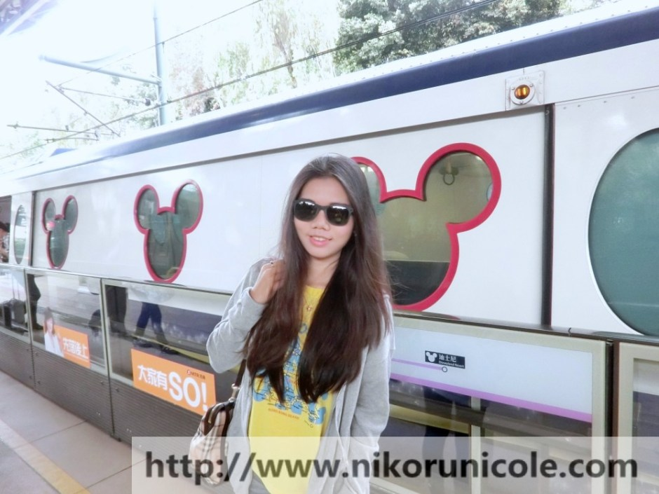 Travel-Hong-Kong-Disneyland-Lifestyle-Blogger-Nikoru-Nicole4